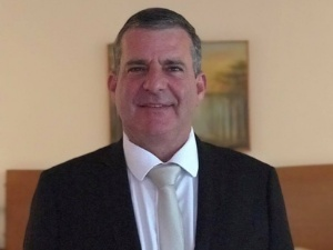 DR.CLAUDINET CEZAR CROZERA